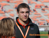Clemson opens eyes of in-state prospect