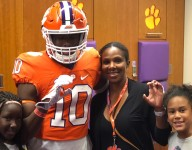 Highly touted Texas DB set to visit Clemson