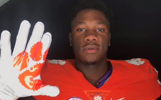 Orhorhoro has 'phenomenal' in-home visit with Clemson coaches