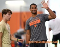 Uiagalelei working on a pair of 5-star Clemson targets
