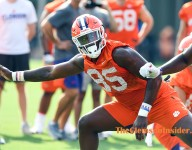 Scott says freshman tight ends 'are going to have an impact'