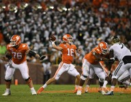 Lawrence's bomb to Overton puts Clemson way in front