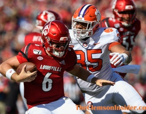 Former defensive starter decides to leave Clemson