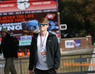 Clemson picks up commitment from in-state QB