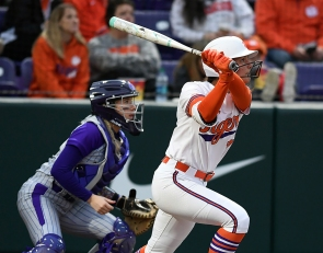 Tigers homer 4 times to complete sweep of Winthrop
