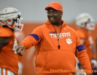 Top-100 national recruit feeling the love from Clemson
