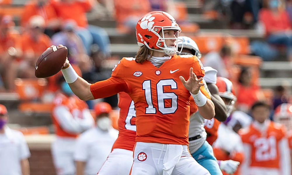Lawrence, Tigers torching Georgia Tech   The Clemson Insider