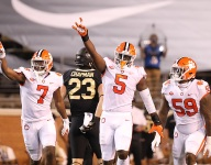 Who has the edge? Can Clemson's young defensive ends stay disciplined