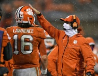 Lawrence, players have Swinney's back