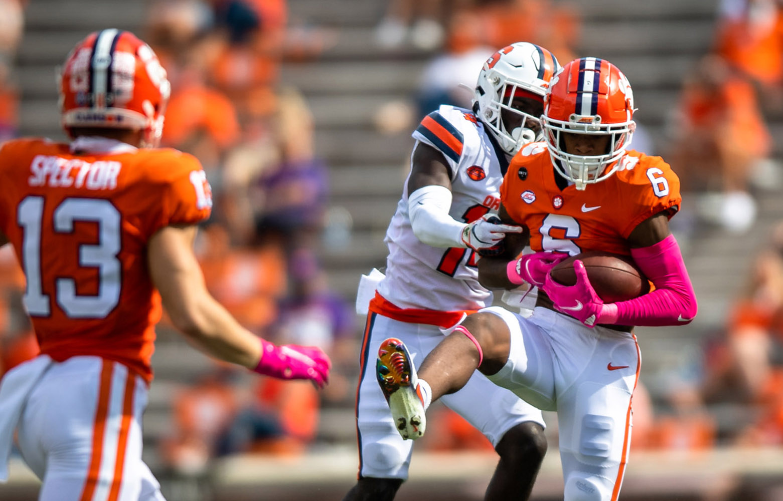 Clemson Wideout To Honor Fallen Father On Military Appreciation Day The Clemson Insider