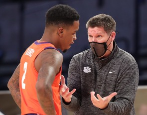 Brownell, Clemson have no answer for how to handle COVID pause