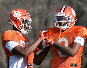 Freshmen receivers 'ahead of the curve'