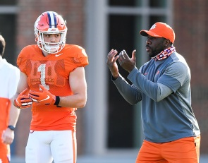 Bart Boatwright's Photo Gallery: Tigers hit field for Day 6 of spring practice