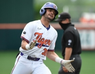 Clemson takes early lead thanks to good hitting