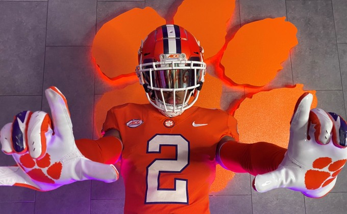 Insider Report:  Parade of Top Prospects visit Clemson