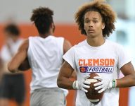 4-star WR, mom have 'really good' relationship with Grisham