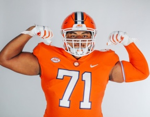 Recently offered lineman feeling the love from Clemson
