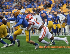 Halftime Photo Gallery: Clemson-Pitt Game
