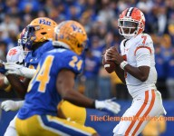 Swinney addresses Clemson's QB situation after switching it up